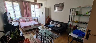 Appartement F1, centre Nemours